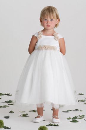 vestido de ceremonia nina7 Vestidos de Fiestas para Niñas