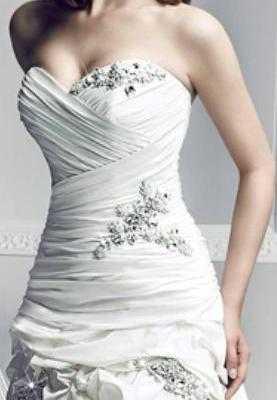 Vestido_de_novia_Simone_Carvalli