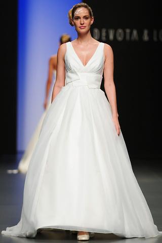 dapoermu cox: vestidos de novia para el 2011 de devota & lomba