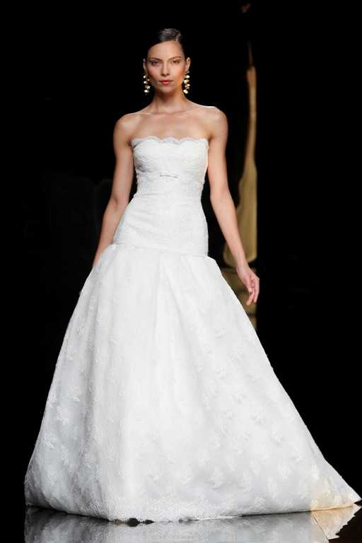 Wedding Dresses Rosa Clara I love this dress with lace bodice